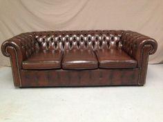 Canapé chesterfield en cuir marron #vintage #vintagestyle #canapé