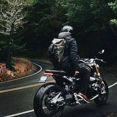 via Cafe Racer Passion Blitz Motorcycles, Vintage Motorcycles, Custom Motorcycles, Custom Bikes, Custom Cars, Custom Bmw, Vespa Vintage, Vintage Cars, Cafe Racer Bikes