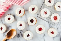Serve traditional Linzer cookies, a shortbread cookie that& filled with raspberry or red currant jam. German Christmas Food, Christmas Jam, Best Christmas Cookie Recipe, Holiday Cookies, Christmas Candy, Christmas Recipes, Xmas, Christmas Drinks, Holiday Foods