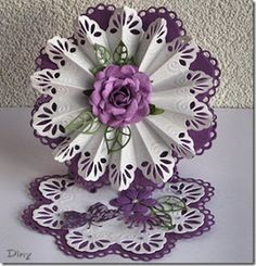 PaperCraft's News: Easelkaart en Rozet met Creatables Hand Made Greeting Cards, Making Greeting Cards, Step Cards, Diy Cards, Fancy Fold Cards, Folded Cards, Marianne Design Cards, Crafts For Seniors, Shaped Cards