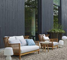 ELIZABETH TECK, Sofas Designer : Nathan Yong | Ligne Roset