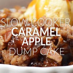 This Slow Cooker Caramel Apple Dump Cake Recipe is my easiest recipe yet! Only 5 ingredients: apple pie filling, pecans, caramel, spice cake mix, & butter! Slow Cooker Desserts, Crockpot Dessert Recipes, Slow Cooker Apples, Crock Pot Desserts, Dump Cake Recipes, Köstliche Desserts, Crock Pot Slow Cooker, Crock Pot Cooking, Apple Recipes
