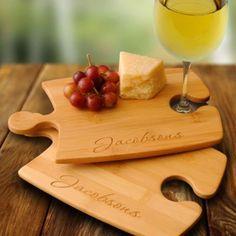 tablita de quesos personalizada como souvenir - Personalized Perfect Fit Puzzle Bamboo Cutting Boards