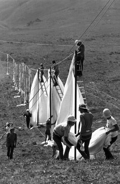 Christo|Running Fence Sonoma|Marin|CA|1972-76| Installed on private properties of 59ranchers, following the rolling hills|dropping down to the Pacific at Bodega Bay. Completed 9/10/76.The art project took 42mos of collaborative efforts|ranchers' participation|18public hearings|3 sessions in Superior Courts of CA|drafting of a450-pg Environmental Impact Rpt|the temporary use of the hills sky ocean. Agreed by all, removal started 14days after completion. All materials were given to the…