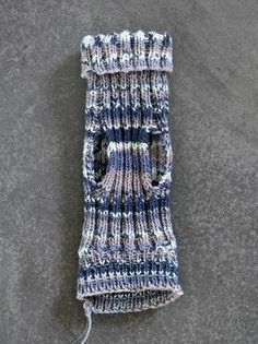 kuva Needle Felting, Fingerless Gloves, Arm Warmers, Arts And Crafts, Knitting, Crochet, Pattern, Handmade, Women