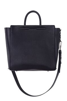 4d81b6778291 Office-worthy bags you can t go wrong with. Click here for more · Michael  Kors Handbags DiscountGirls BagsBest ...