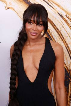 Naomi Campbell looking beautiful at the #CFDAAwards! #Stunning #Luxebeauty