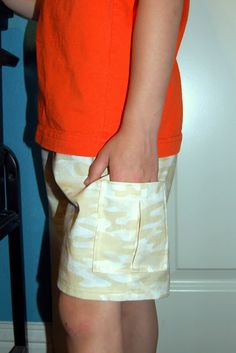 Scattered Thoughts of a Crafty Mom: Adding Simple Cargo-style Pockets to Shorts _ I need to do this to a few pairs of scrub pants! Sewing Shorts, Diy Shorts, Sewing Kids Clothes, Sewing For Kids, Children Clothes, Kids Clothing, Fashion Sewing, Boy Fashion, Jean Moda