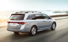 2015 Honda Odyssey Vs. 2015 Toyota Sienna Comparison Review | Honda Odyssey Side View | Read the Full Review