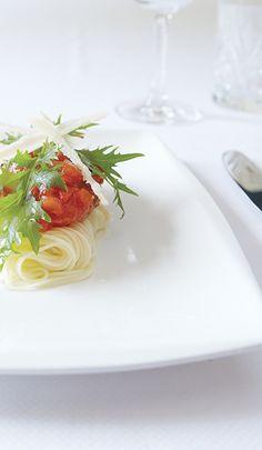 Pasta volgens authentiek recept op jullie huwelijksmenu? Mereveld laat de bruiloftsgasten Italiaans genieten. #Mereveld Utrecht in TOP 5 populairste trouwlocaties van Nederland!