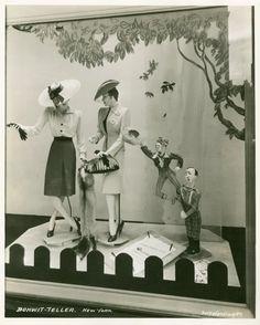 [Bonwit Teller store window (New York, N.Y.) featuring Oklahoma!] (194-)