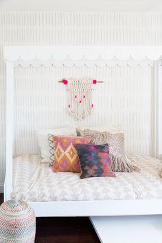 Bedroom Decorating Ideas (877)   https://www.snowbedding.com/