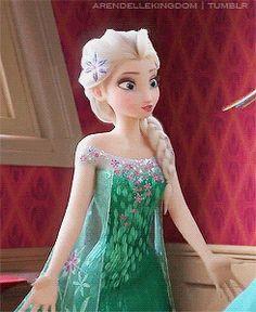"elsa, frozen it kind of looks like she's saying ""ooh mama"""