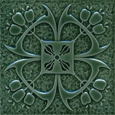 In Duitsland worden tegenwoordig weer Jugendstil tegels gemaakt naar origineel ontwerp uit 1900. En Maison l'Art Nouveau werkt samen met deze tegelfabrikant.