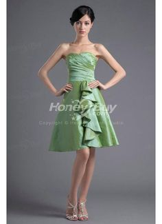 Perfectly Looking Strapless Ruffles Taffeta Green Wedding Party Gowns