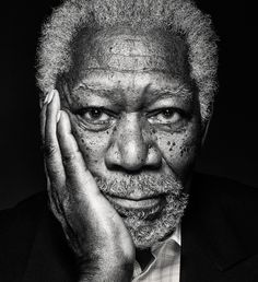 Morgan Freeman photographed for National Geographic Magazine. He commented on li… Morgan Freeman photographed for National Geographic Magazine. He commented on li… – Black And White Photography Portraits, Portrait Photography Men, Face Photography, Black And White Portraits, People Photography, Famous Portraits, Celebrity Portraits, Foto Portrait, Pencil Portrait