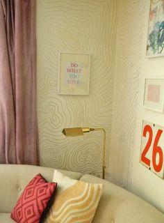 Gold paint pen on walls