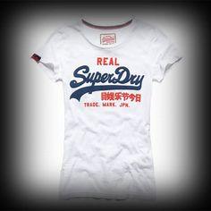 スーパードライ極度乾燥 レディース Tシャツ Superdry極度乾燥 Vintage Logo T-shirt Tシャツ★ハリーポッター主演ダニエル・ラドクリフが着用したことで大人気となったSuperdry極度乾燥!イギリス発、日本未上陸の商品。 ★ヴィンテージSuperdry極度乾燥のロゴのヴィンテージプリントがアクセントになっています。