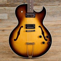 Gibson ES-135 Sunburst 2002 (s710)