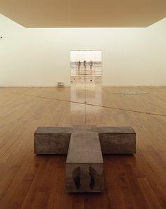 ANTONY GORMLEY: SCULPTURE, Centro Galego de Arte Contemporanea, Santiago de Compostela, Spain, 2002