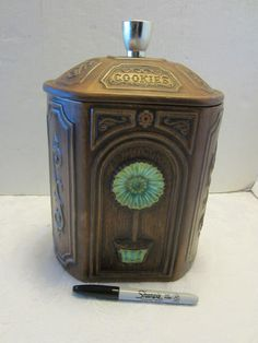 Cookie Jar made in USA by Treasure Craft