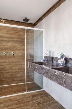 Conheça nossa super seleção com 60 fotos lindas de ambientes revestidos com materiais que imitam a madeira. Confira!