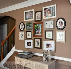 How to Create a Family Wall of Photos or Family Gallery Wall. Easy tips and tricks to have a beautiful display in your home! Family Wall Collage, Family Wall Decor, Collage Walls, Art Walls, Family Room, Family Pictures On Wall, Display Family Photos, Displaying Photos On Wall, Hanging Photos