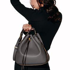 The Sedgwick Bucket Bag. Need this bag! Fashion 101, Fashion Outfits, Gray Matters, Luxury Bags, Tom Ford, Bucket Bag, Handbags, Purses, My Style