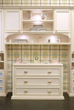 Bespoke & traditional. www.paolomarchetti.com #furniture #design
