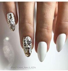 new ideas fails art christmas gold Trendy Nail Art, Cool Nail Art, Nagellack Trends, Nails Only, Super Nails, Hot Nails, Beautiful Nail Designs, Flower Nails, Creative Nails