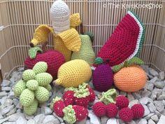 Häkle Dir jetzt einen Obstkorb mit Früchten wie Apfel, Banane, Birne, Erdbeere…
