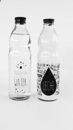 Botellas de vidrio de 1 litro impresas con diseños exclusivos.