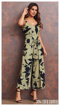 Indian Designer Outfits, Designer Dresses, Jumper Outfit Jumpsuits, Dresses For Teens, Summer Dresses, Women's Summer Fashion, Floral Maxi Dress, Indian Dresses, Dress Patterns