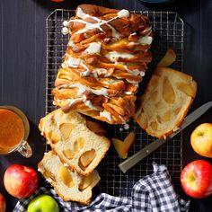 Apple Desserts, Apple Recipes, Sweet Recipes, Baking Recipes, Bread Recipes, Meals Kids Love, Lemon Pudding Cake, Sweet Dough, Apple Dumplings