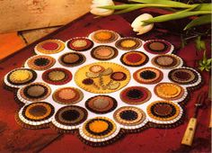 penny rugs, books, quilting patterns, felt, mini quilts, primitive folk art, ebay, primitive patterns, penni rug