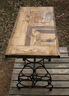 Hey, I found this really awesome Etsy listing at https://www.etsy.com/listing/267064441/pallet-wood-entryway-table-with-cast