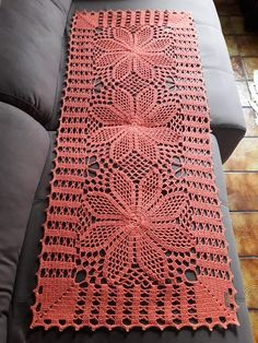 Crochet Tablecloth, Crochet Doilies, Crochet Lace, Thread Crochet, Crochet Stitches, Diy And Crafts, Embroidery, Blanket, Knitting