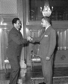 الزعيم جمال عبد الناصر مع بطل العالم في كمال الأجسام عبد الحميد الجندي