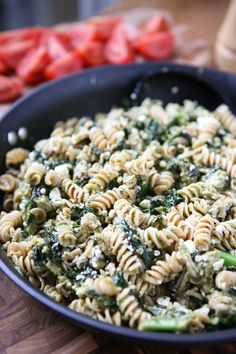 Nutritious Snack Tips For Equally Young Ones And Adults This Pesto Pasta With Turkey And Kale Is A Super Easy Weeknight Meal That Will Get Your Kids Eating Kale Hearty And Healthy Recipe For Busy Nights. Formula Via Aggieskitchen Kale Pasta, Pesto Pasta Recipes, Kale Recipes, Pesto Recipe, Dinner Recipes, Healthy Recipes, Dinner Ideas, Healthy Meals, Pasta Food