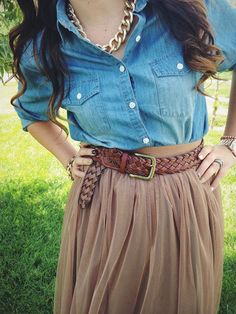 Chambray + Tulle. Sunday best outfit from the red closet diary. www.theredclosetdiary.com || Instagram: jalynnschroeder