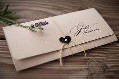 Il galateo per conoscere cosa e come scrivere il testo delle partecipazioni di nozze e suggerimenti su stili, grafiche e materiali da utilizzare