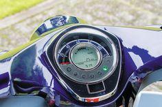 【ホンダ スーパーカブC125】ライバルとなるモデルはホンダのグロムやモンキー125だ! 試乗インプレ・レビュー 原付RIDE バイクブロス Honda Cub, Mini Bike, Bike Trails, Cubs, Motorcycle, Horses, Metal, Bear Cubs, Minibike