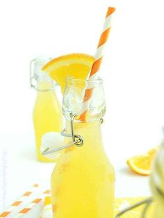 Healthy homemade orange soda! Only 4 all natural ingredients & naturally fermented for gut healthy probiotics! No corn syrup, flavors, or dye. Healthy Dessert Recipes, Raw Food Recipes, Healthy Drinks, Smoothie Recipes, Dairy Recipes, Smoothies, Healthy Food, Desserts, Probiotic Drinks