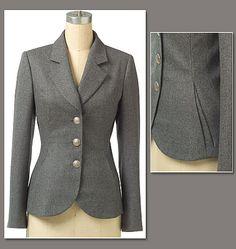 V8333  Misses'/Misses' Petite Jacket- good for learning jackets