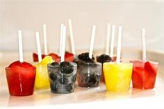 'MINI FRUIT POPSICLES' from the Lilyshop Blog