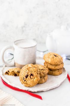 Classic festive flavours in ready to devour cookies! White Chocolate Cranberry Cookies, White Chocolate Chips, Hot Chocolate, Christmas Desserts, Christmas Baking, Christmas 2019, Cookie Recipes, Dessert Recipes, Vegan Recipes