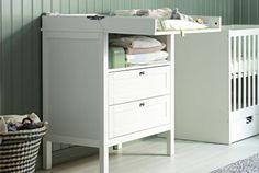 IKEA Stellebord og babyutstyr ca 1300:-