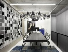 Functional and Contemporary Work Place by Studio Guilherme Torres