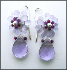 Kronleuchterjuwelen Glasperlenschmuck - Ohrhaenger in Lila