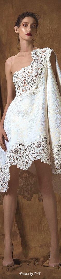 35f899c110 Saiid Kobeisy Couture Spring-Summer 2016 Roupa De Festa